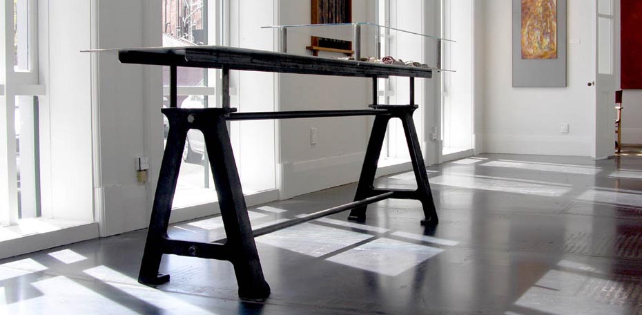 Artworks - A-Table